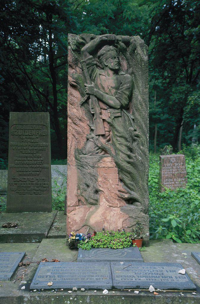 Stock Photo: 4409-40952 CEMENTERIO JUDIO. Fundado en 1806. Detalle de algunas lápidas. VARSOVIA. Polonia.