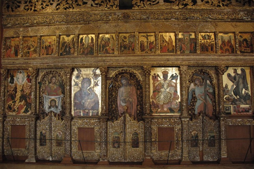 Stock Photo: 4409-42920 Byzantine Art. Greece. Wooden iconostasis by Angelos Masketis, from the church of Pantocrator, 1683. Byzantine Museum. Zante. Greece.