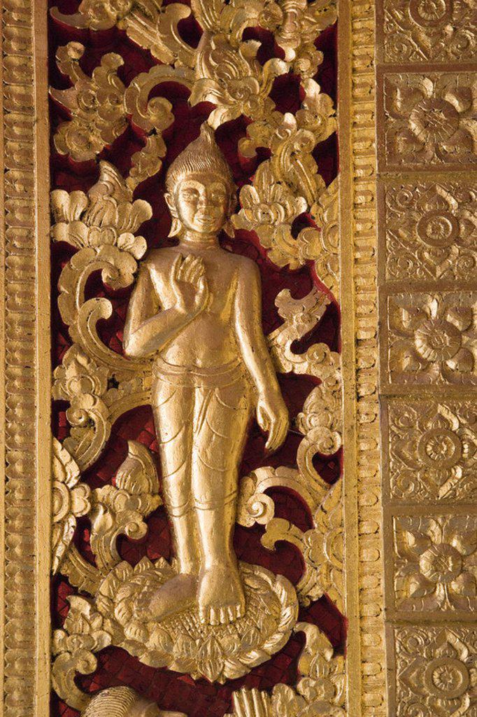 Stock Photo: 4409-43317 MUSEO NACIONAL. Antiguo Palacio Real, construído a principios del siglo XX. Detalle de la DECORACION INTERIOR DE LA SALA PHA BANG. LUANG PRABANG (Patrimonio de la Humanidad). Laos.