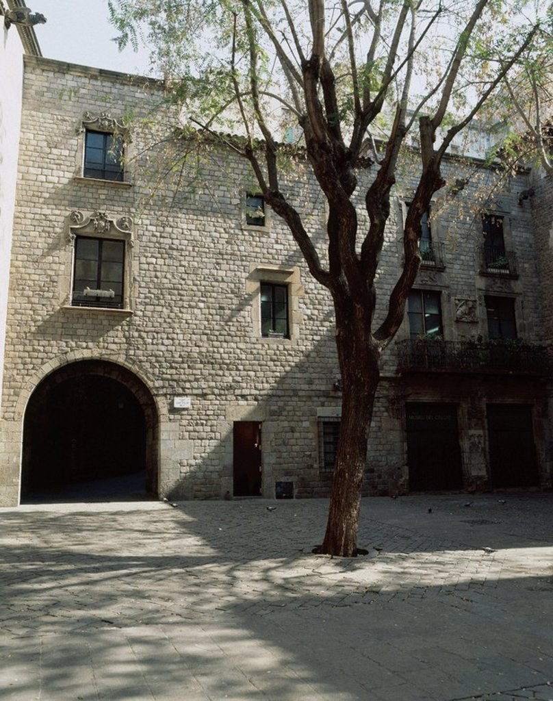Stock Photo: 4409-47028 Spain. Catalonia. Barcelona. House of shoemakers. Mid-16th century. Plaza Sant Felip Neri. Currently Shoe Museum.