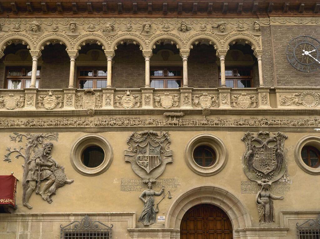 Stock Photo: 4409-47456 ARTE RENACIMIENTO. ESPAÑA. S. XVI. AYUNTAMIENTO DE TARAZONA. Detalle de la fachada. Provincia de Zaragoza. Aragón.