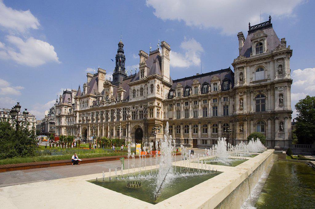 Stock Photo: 4409-48831 AYUNTAMIENTO DE PARIS (HÔTEL DE VILLE). Construido entre 1874 y 1882 por los arquitectos Ballu y Deperthes. Vista del exterior. Francia.