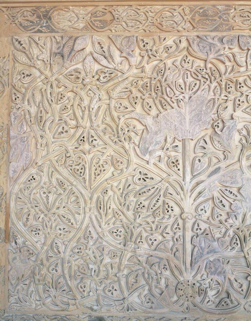 Stock Photo: 4409-53138 ARTE ISLAMICO. ESPAÑA. S. X. MEDINA AZAHARA. Ciudad edificada cerca de Córdoba entre los años 936 y 976. Destaca el palacio construido por Abd al-Rahman III. Vista de las decoraciones florales que se encuentran en el SALON DE ABD-AL-RAHMAN III. Provincia de Córdoba. Andalucía.