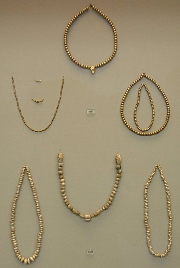 Stock Photo: 4409-53512 Mycenaean art. Greece. Tiryns treasure. 15th-12th centuries B.C. National Archaeological Museum. Athens.