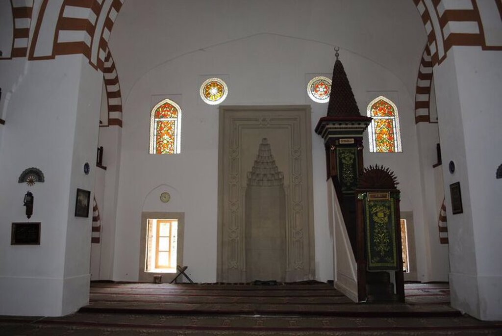 Ukraine. Autonomous Republic of Crimea. Yevpatoria. Juma-Jami Mosque. 1552-1564. Founded by Khan Devlet I Giray and designed by Mimar Sinan (1490-1588). Interior. Prayer room. : Stock Photo