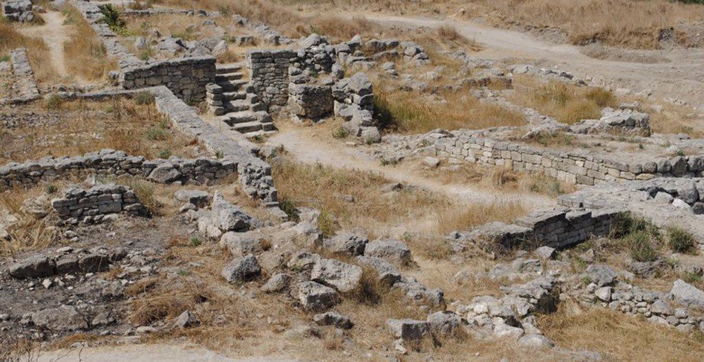 Ukraine. Autonomous Republic of Crimea. Panticapaeum archaeological site, founded in 575 BC by Greek colonists from Miletus, on Mount Mithridat. Kerch. : Stock Photo