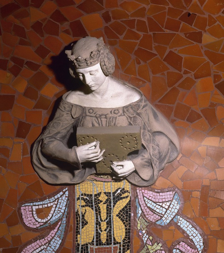 Stock Photo: 4409-56271 ARTE S. XIX. MODERNISMO. ESPAÑA. ARNAU I MASCORT, Eusebi (1863-1933). PALAU DE LA MUSICA CATALANA. Detalle de uno de los bustos existentes en el hemiciclo de la sala de conciertos, con la representación de una MUSA con instrumento musical. BARCELONA. Cataluña.