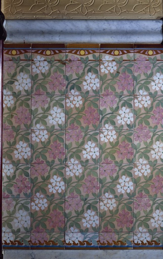 Stock Photo: 4409-56877 ARTE S. XIX. MODERNISMO. DOMENECH I MONTANER, Lluís (1850-1923). ZOCALO DE BALDOSAS y cerámica esmaltada del primer piso de la CASA LLEO MORERA (1902-1906). BARCELONA. Cataluña.