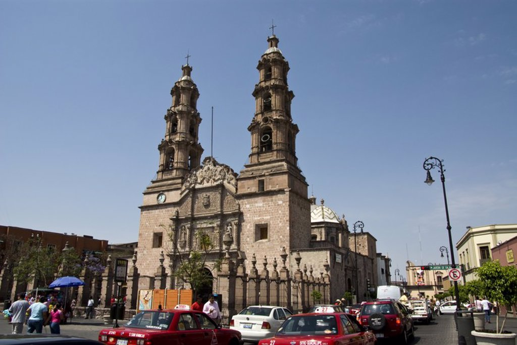 Stock Photo: 4409-58343 Mexico.Aguascalientes.Basilica Cathedral Nuestra Señora de La Asunción.Baroque the eighteenth century.Façade. .