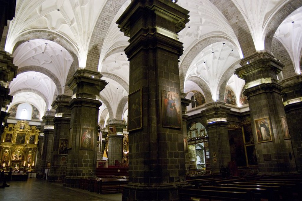 Stock Photo: 4409-58781 Peru. Cusco city. Interior of The Cathedral. .