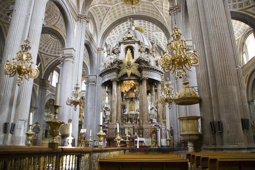 Stock Photo: 4409-59384 Puebla Cathedral (1575-1690).Interior. City of Puebla, Mexico..