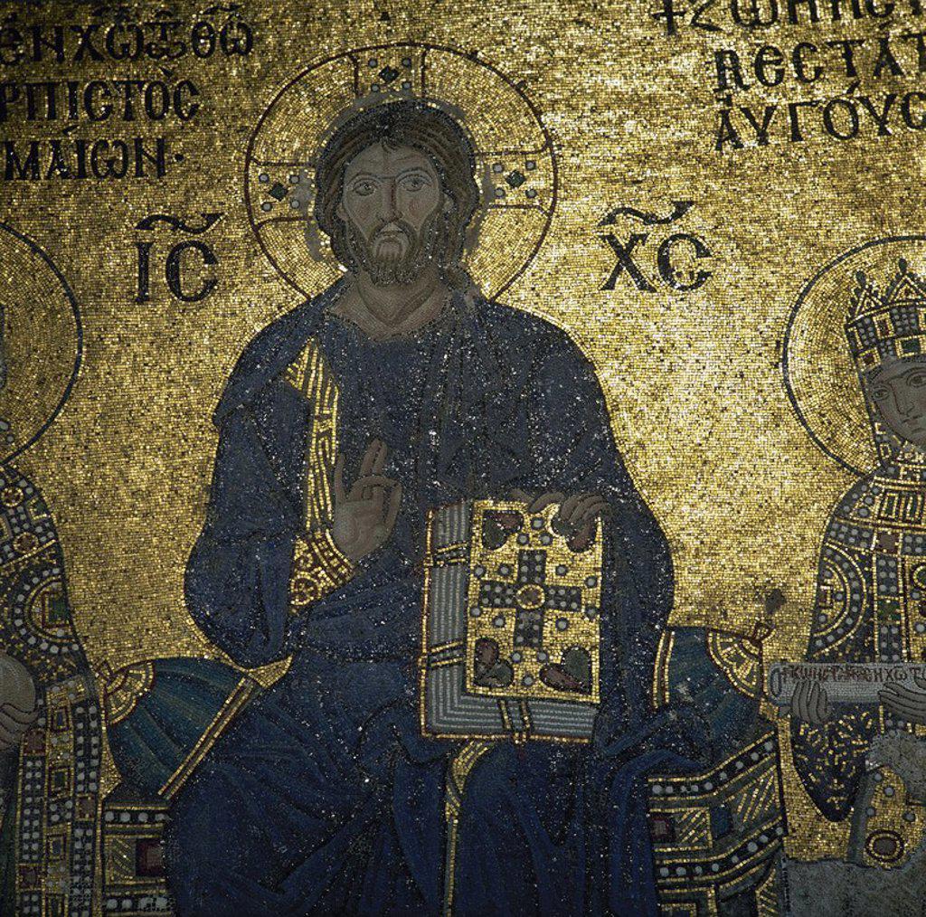 """Stock Photo: 4409-59473 ARTE BIZANTINO. TURQUIA. BASILICA DE SANTA SOFIA (s. VI-VII). Detalle del mosaico de CRISTO PANTOCRATOR perteneciente al conjunto """"CRISTO ENTRE LA EMPERATRIZ ZOE Y SU ESPOSO"""" (s. XIII). Localizado en la galería meridional. ESTAMBUL."""