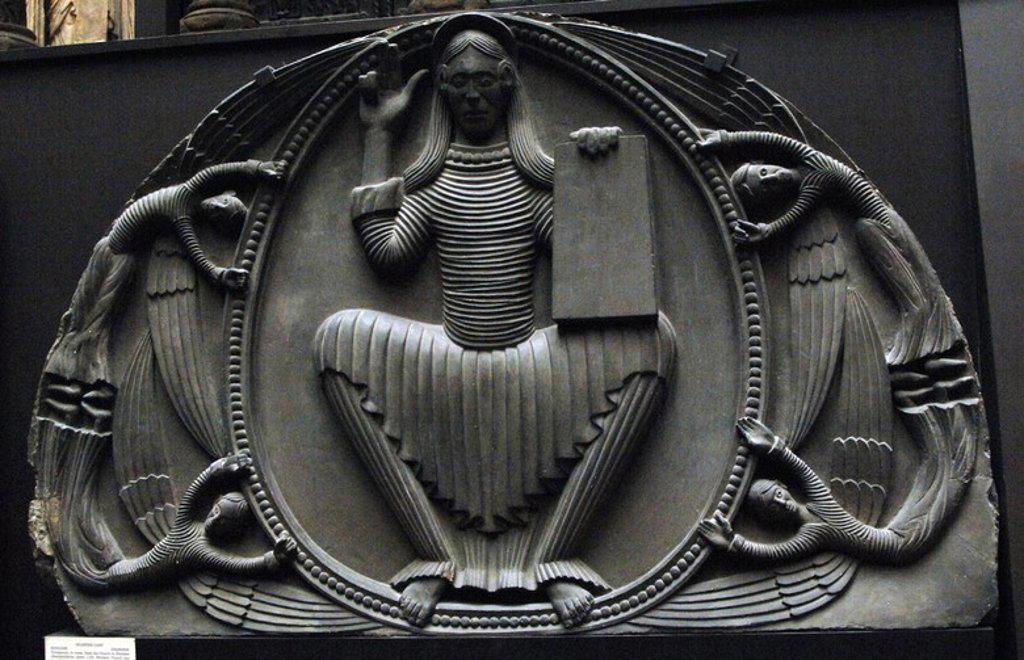 Stock Photo: 4409-59987 CRISTO PANTOCRATOR. Molde de yeso del TIMPANO de piedra esculpido en el año 1140. Procede de la iglesia de Shobdon. El molde se realizó entre los años 1852-1854 para el Palacio de Cristal. Museo Victoria y Alberto. Londres. Inglaterra. Reino Unido.