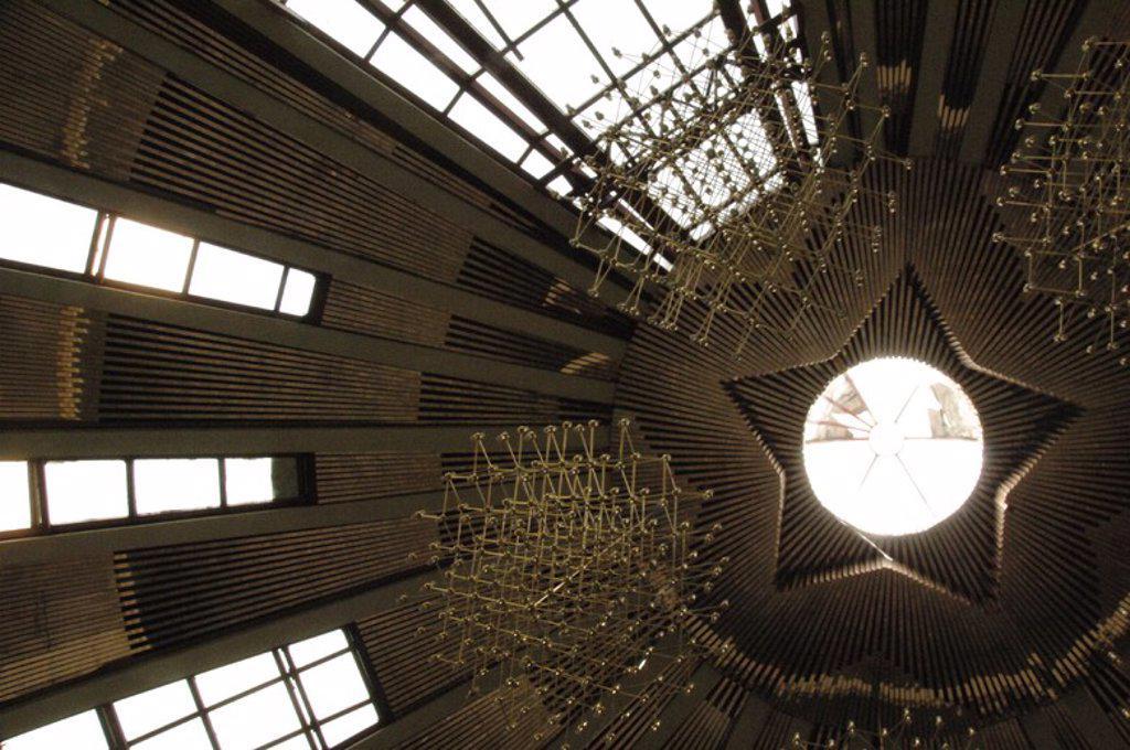 Stock Photo: 4409-60774 MUSEO DE ENVER HOXHA (pirámide). Vista detalle del interior del edificio con la ESTRELLA COMUNISTA que remata el techo. Tirana. República de Albania.