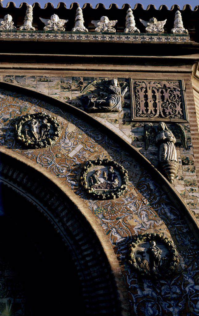 Stock Photo: 4409-6132 Frontal view of 'Azulejos', Spanish tilework . Exterior - Frontal de Azulejos. Saint Paula Convent. Convento de Santa Paula. Seville. Author: NICULOSO PISANO / MILLAN PEDRO. Location: CONVENTO DE SANTA PAULA, SPAIN.