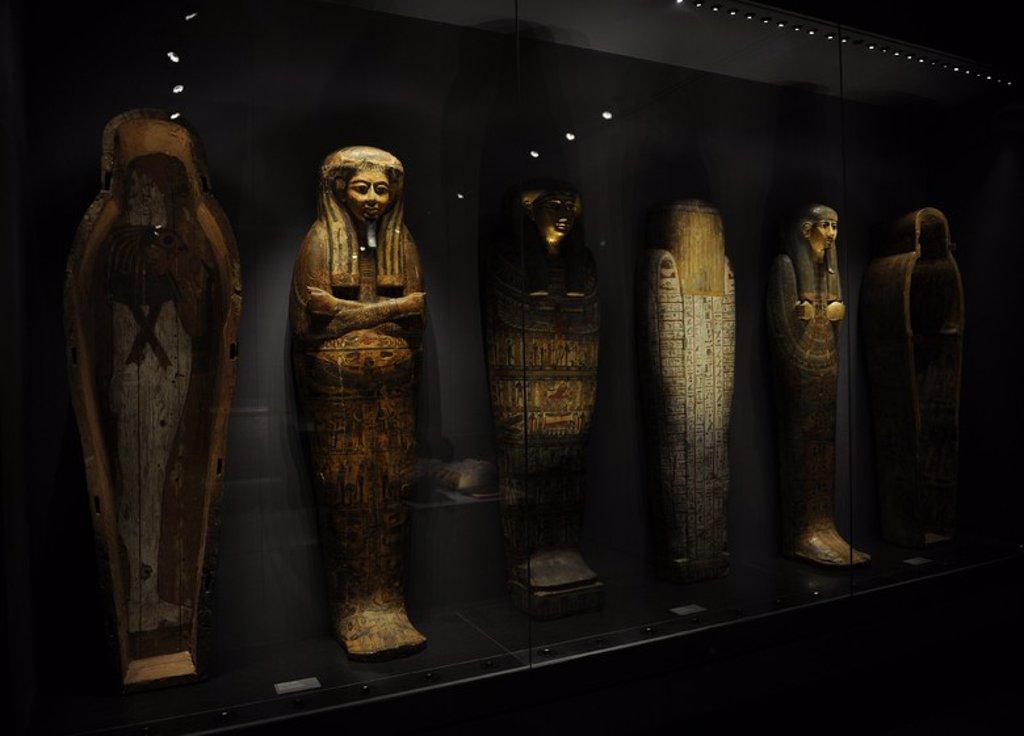 Stock Photo: 4409-63990 Carlsberg Glyptotek Museum. Copenhagen. Denmark. Room. Egyptian art section. Sarcophagus.