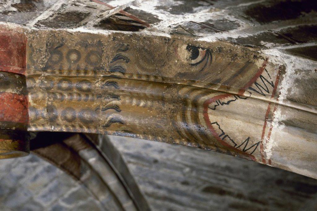 Stock Photo: 4409-72302 ARTE GOTICO. ESPAÑA. Nervio policromado, representando una serpiente que se halla en una clave de la nave central de la CATEDRAL DE TORTOSA (siglo XIV). Provincia de Tarragona. Cataluña.