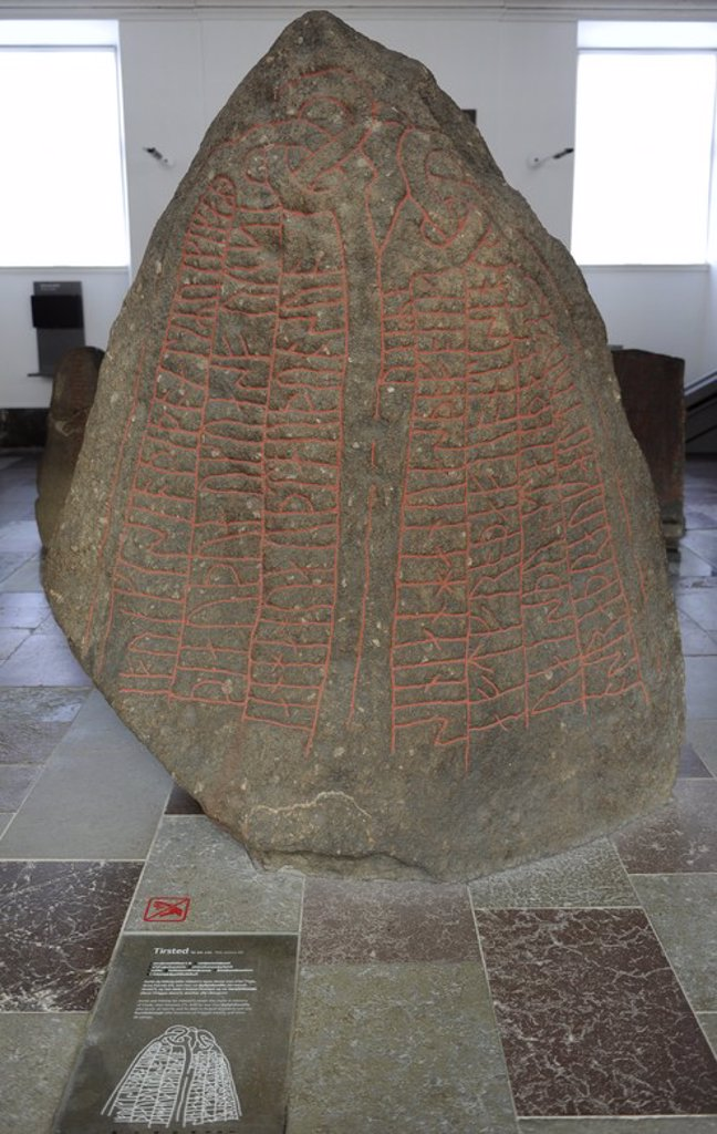 "Art. Germanic. Viking Age. Northern Europe. Runestone. Dedicated to their ancestors. Tirsted. 10th century AD. ""Asrad and Hildvig raised this stone in memory of Frede"". National Museum of Denmark. : Stock Photo"