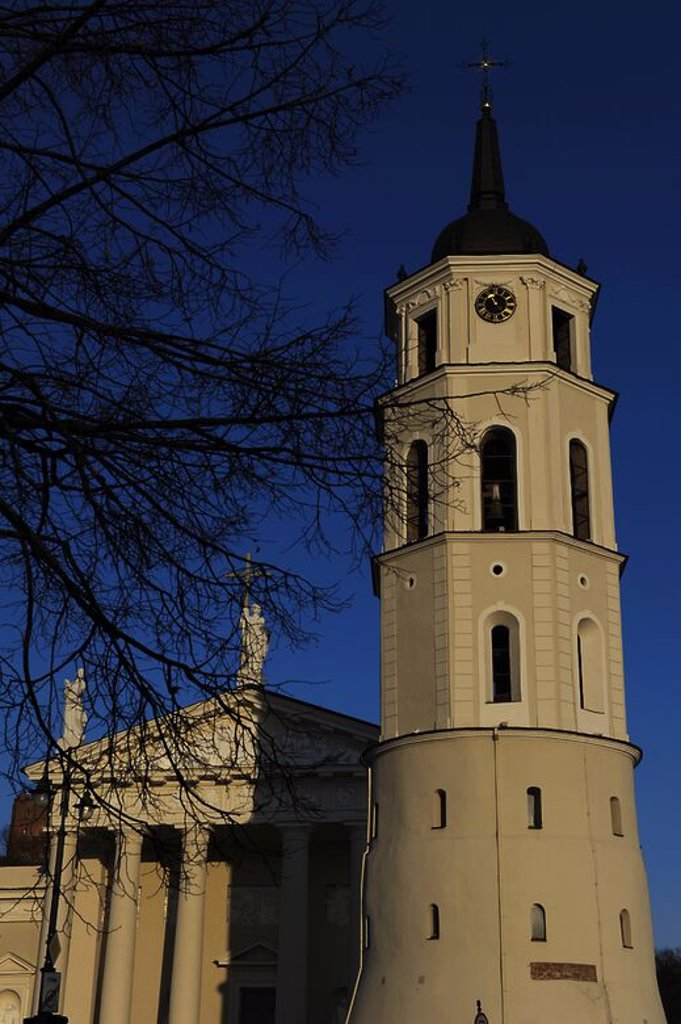 Stock Photo: 4409-72772 Lithuania. Vilnius. The Cathedral. 18th century. Renovated in 21th century. Old town.