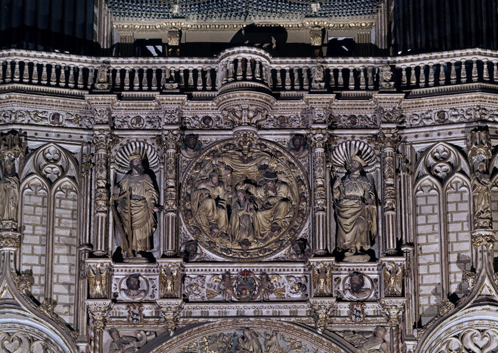 Stock Photo: 4409-8965 TRASCORO-MEDALLON CON ALTORELIEVE DE LA CORONACION DE LA VIRGEN. Location: CATEDRAL-INTERIOR, TOLEDO, SPAIN.