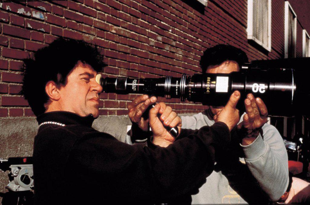 Original Film Title: CARNE TRÊMULA. English Title: LIVE FLESH. Film Director: PEDRO ALMODOVAR. Year: 1997. Stars: PEDRO ALMODOVAR. : Stock Photo