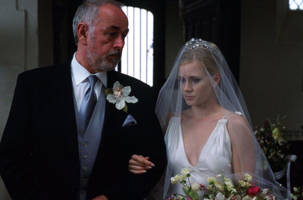 Stock Photo: 4409-94256 Original Film Title: THE WEDDING DATE. English Title: THE WEDDING DATE. Film Director: CLARE KILNER. Year: 2005. Stars: AMY ADAMS; PETER EGAN.