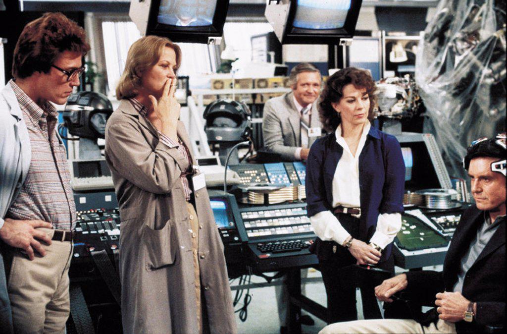 Original Film Title: BRAINSTORM. English Title: BRAINSTORM. Film Director: DOUGLAS TRUMBULL. Year: 1983. Stars: CHRISTOPHER WALKEN; NATALIE WOOD; CLIFF ROBERTSON; LOUISE FLETCHER. : Stock Photo