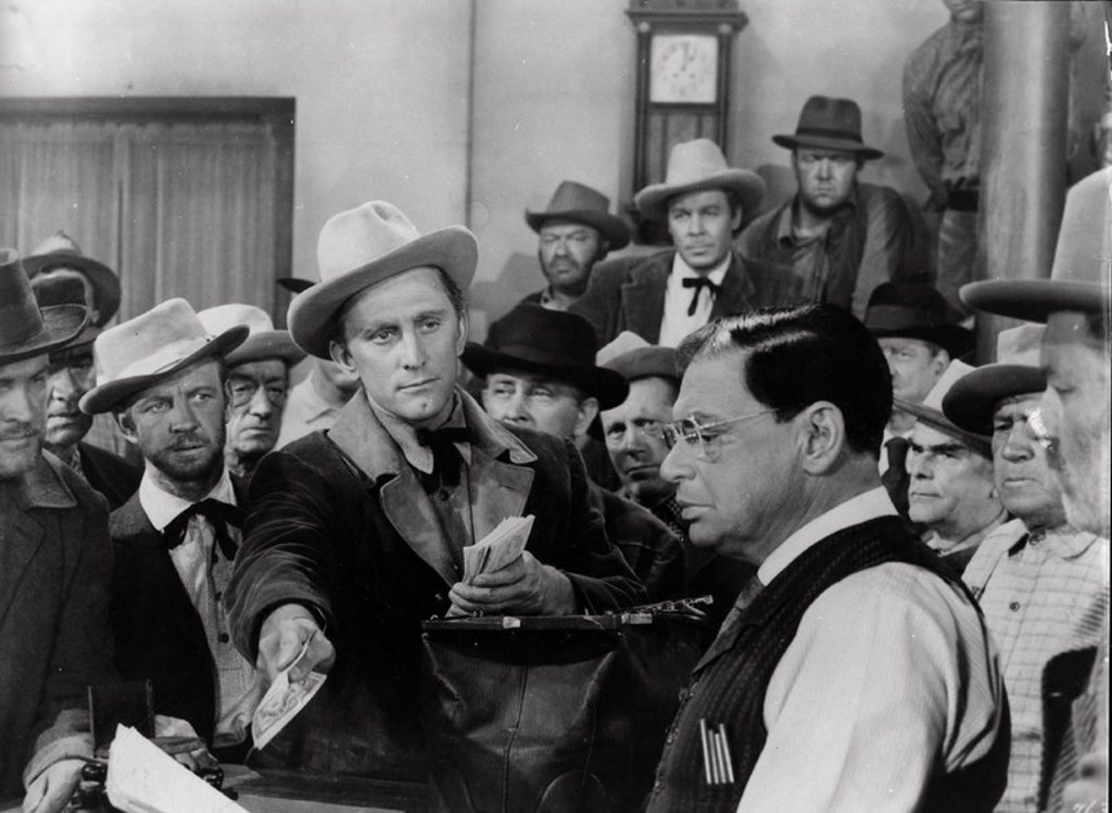 Original Film Title: THE BIG TREES. English Title: THE BIG TREES. Film Director: FELIX E. FEIST. Year: 1952. Stars: KIRK DOUGLAS. : Stock Photo