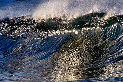 Stock Photo: 4411-5718 Wave With Light Sparkles,El Morro Bay, Laguna Beach, California, USA