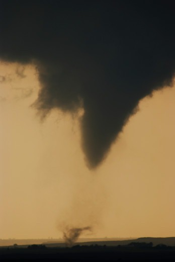 Stock Photo: 4412-1022 Violent tornado sweeps across NW Oklahoma, USA near the town of Arnett. Part of a tornado outbreak on May 4, 2007 that killed over 12, people including a massive F5 tornado that hit Greensburg, Kansas, USA