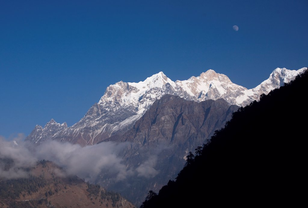 Manaslu summit of Annapurna in Nepal moonrise : Stock Photo