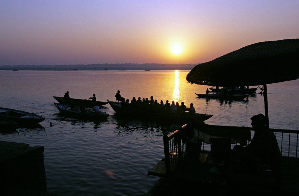 Stock Photo: 4413-210123 Sunset over the river view from the terrace India
