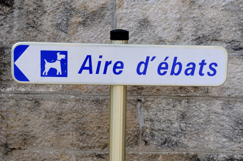 Panel announcing an area for Dogs Doubs : Stock Photo