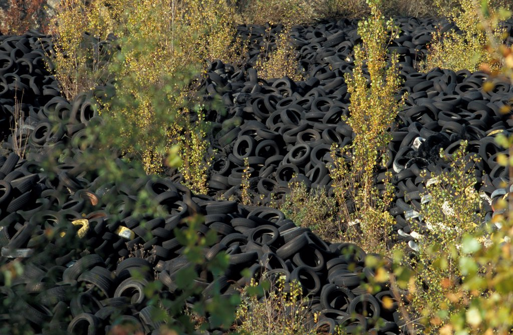Stock Photo: 4413-7964 Disused discharges of tires Gironde France