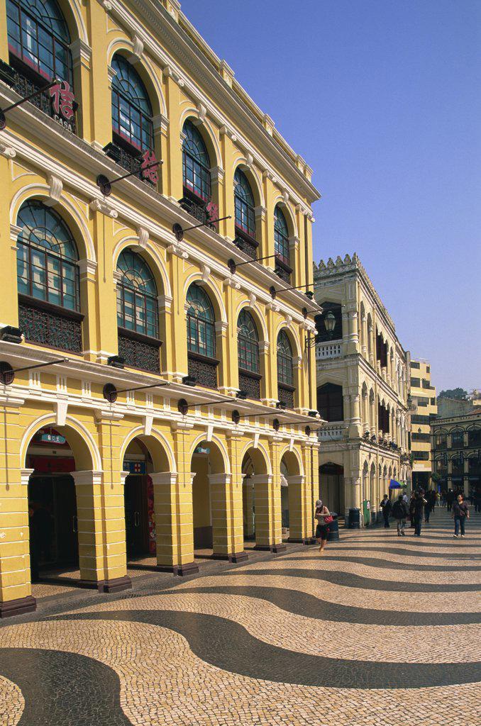 Stock Photo: 442-10476 Buildings at a town square, Senado Square, Macao, China