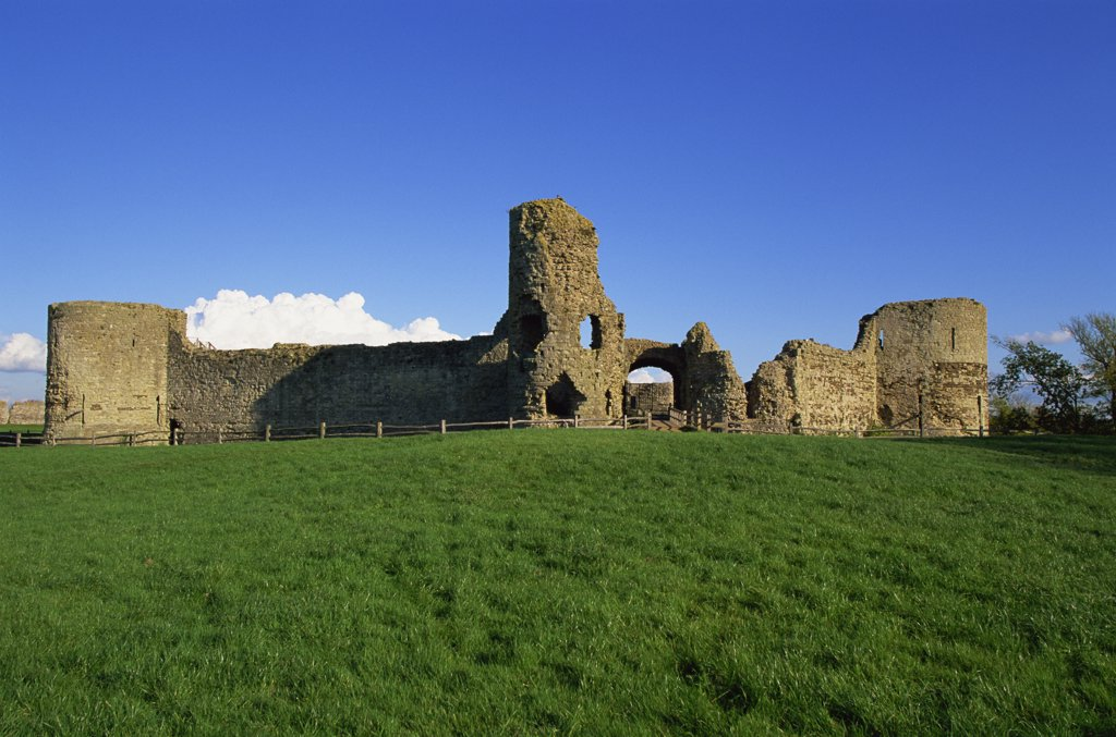 Ruins of a castle, Pevensey Castle, East Sussex, England : Stock Photo