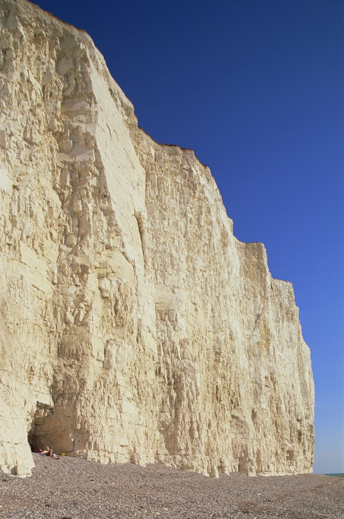 Tourists on the beach, Seven Sisters, Beachy Head, Eastbourne, East Sussex, England : Stock Photo
