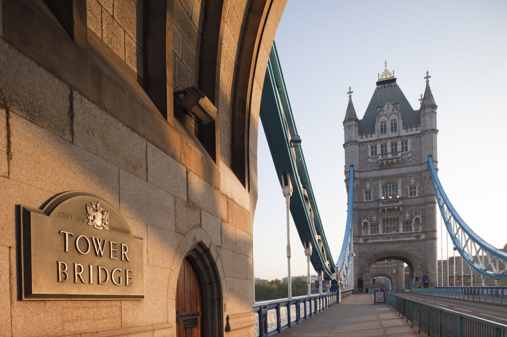 UK, England, London, Tower Bridge, memorial plaque and pedestrian walkway : Stock Photo