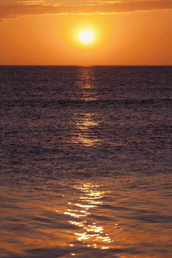 Stock Photo: 442-11588 UK, England, Northumberland, Bamburgh, sunrise over North Sea