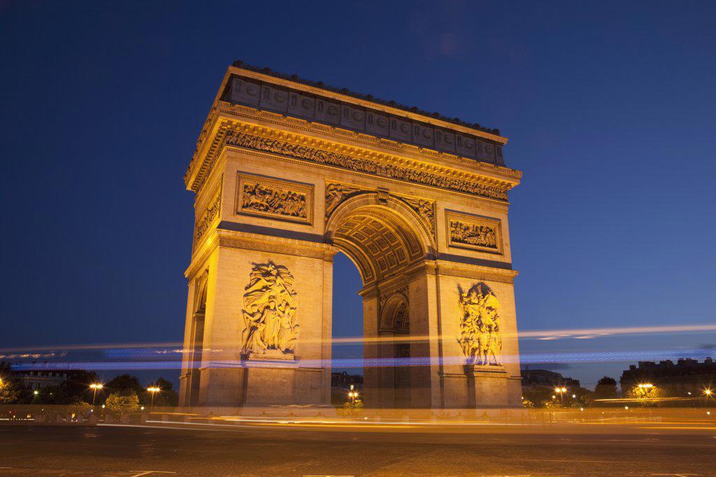 Triumphal arch in a city, Arc De Triomphe, Paris, Ile-de-France, France : Stock Photo