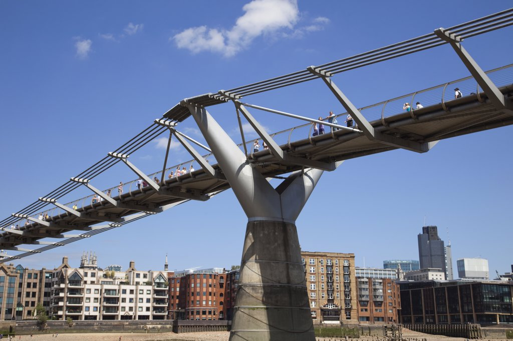 Stock Photo: 442-11940 UK, England, London, Millenium Bridge