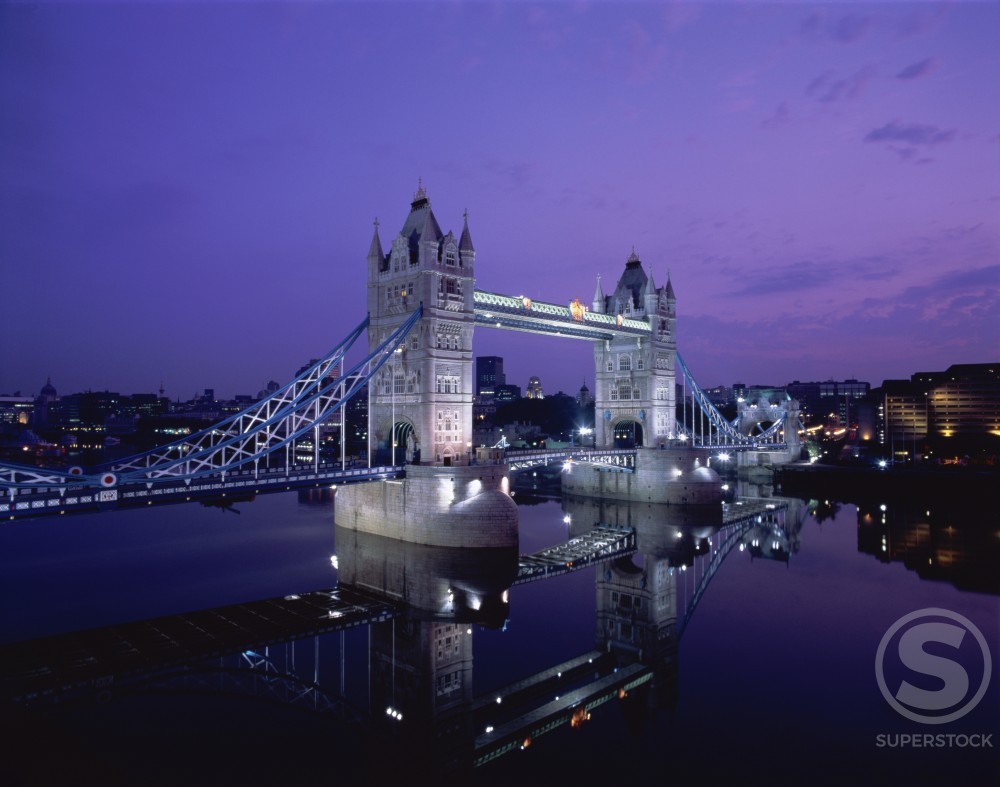 Bridge lit up at night, Tower Bridge, London, England : Stock Photo