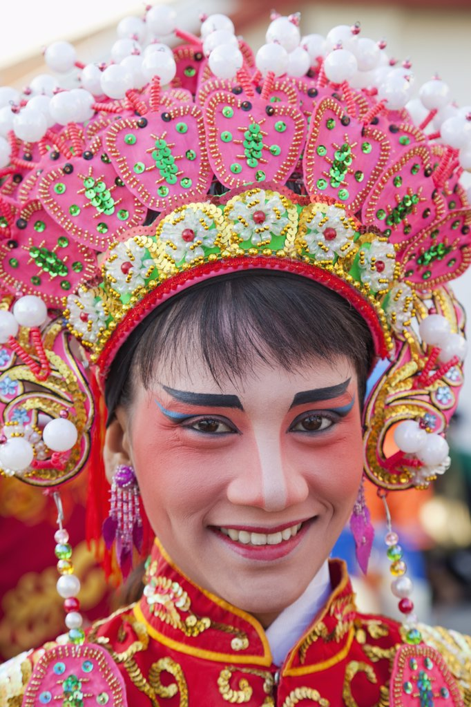 Close-up of a Chinese opera performer, Chinatown, Bangkok, Thailand : Stock Photo