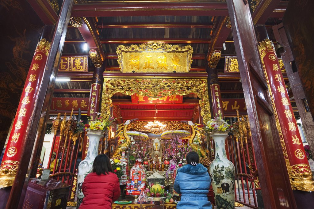 Interiors of a temple, Bach Ma Temple, Hanoi, Vietnam : Stock Photo