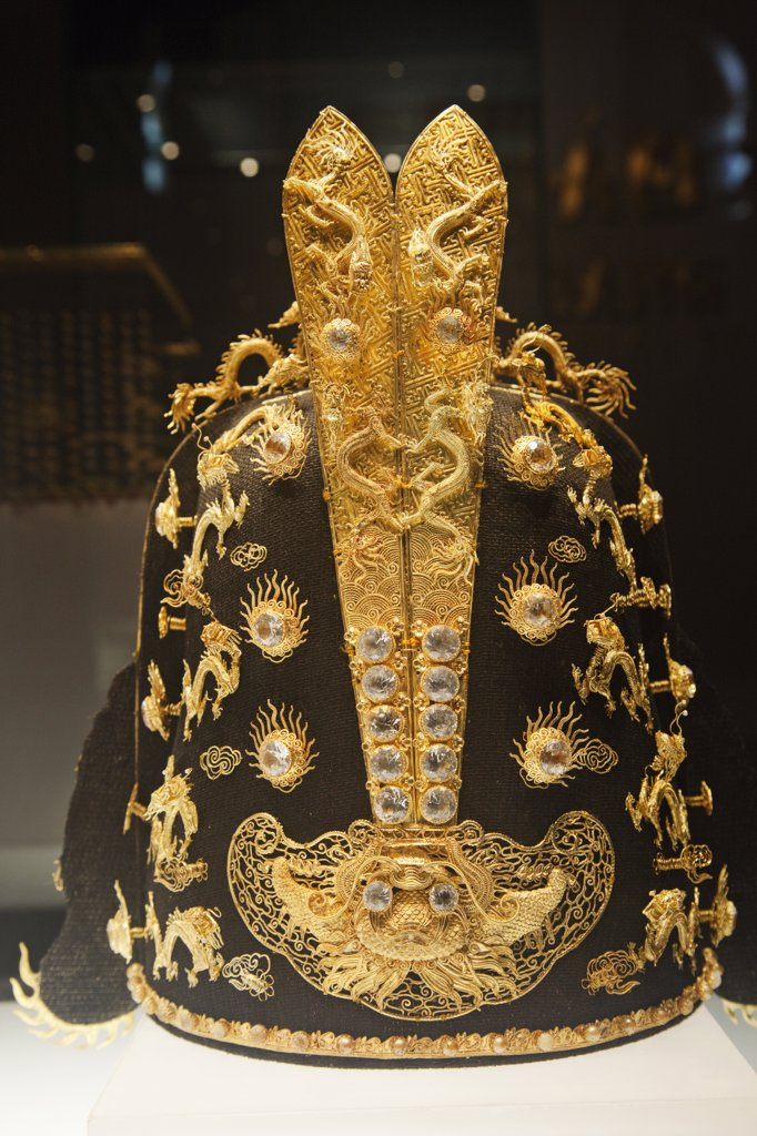 Stock Photo: 442-35435 Close-up of a gold crown in a museum, National Museum Of Vietnamese History, Hoan Kiem, Hanoi, Vietnam