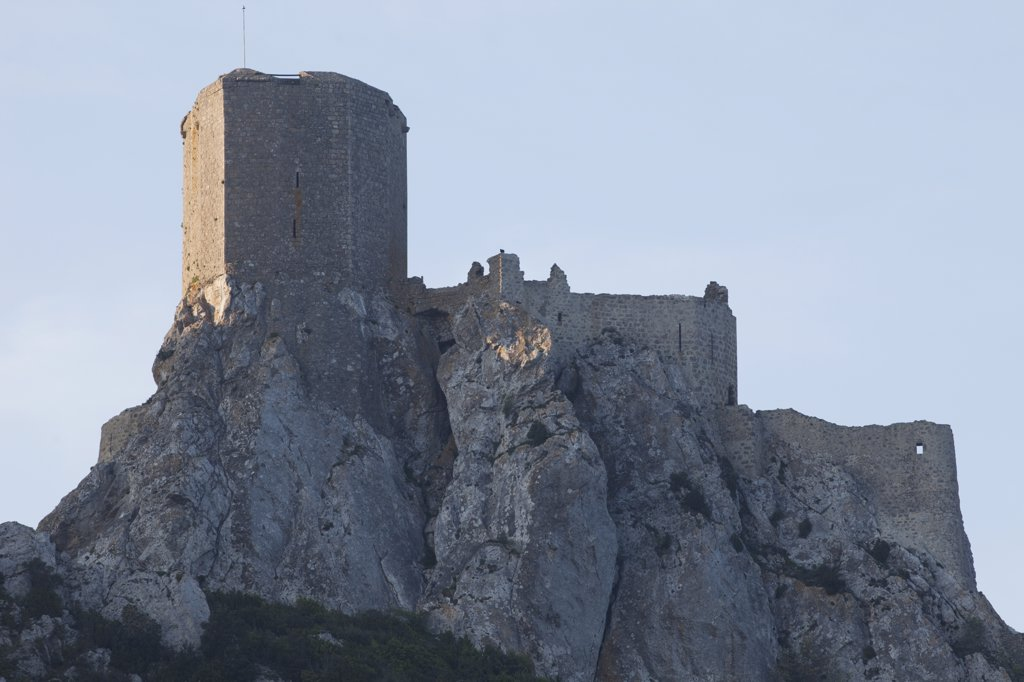 Stock Photo: 442-35835 Castle on a hill, Queribus Castle, Pyrenees, Aude, Languedoc-Rousillon, France