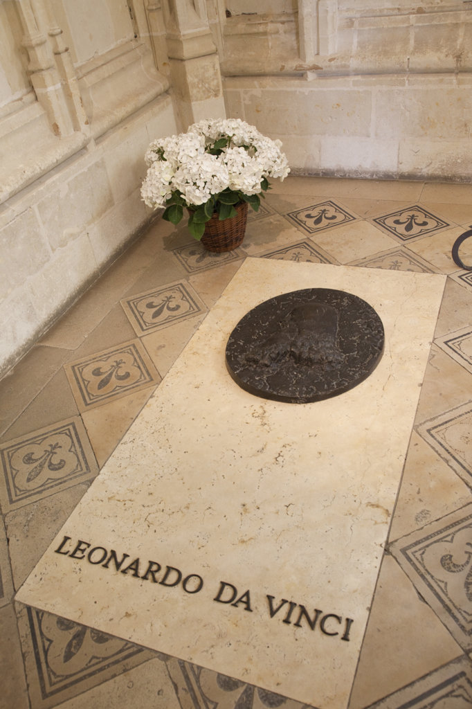 Stock Photo: 442-35972 France, Loire Valley, Amboise, Amboise Castle, St.Hubert Chapel, Tomb of Leonardo Da Vinci