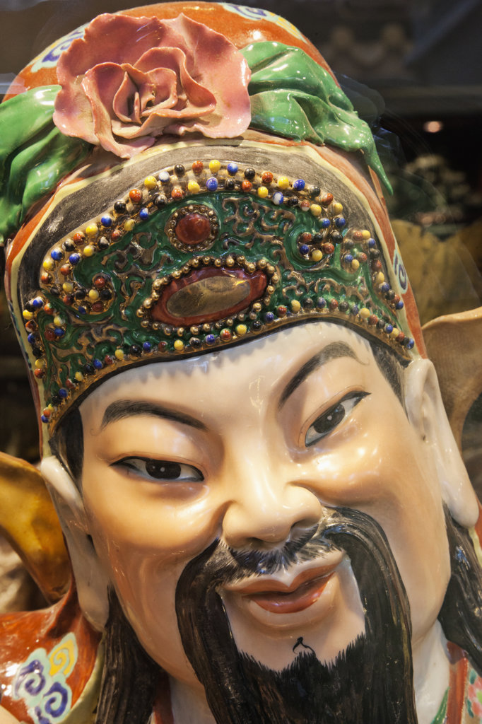 Stock Photo: 442-37359 Statue in shop window, Upper Lascar Row, Hollywood Road, Hong Kong, China