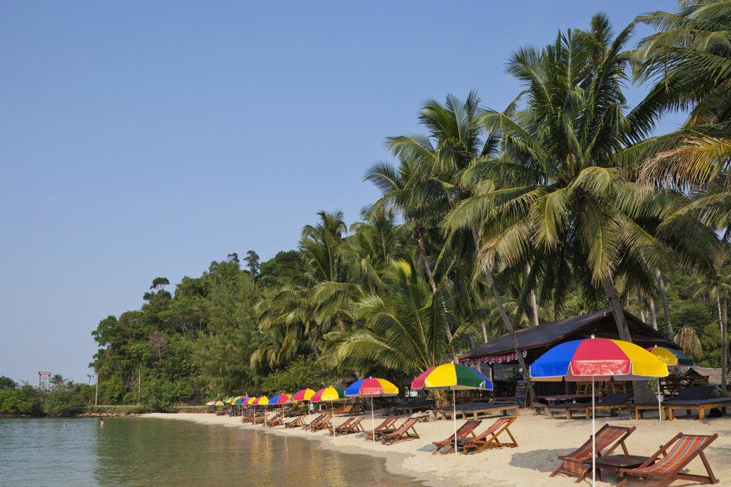 Stock Photo: 442-37363 Thailand,Trat Province,Koh Chang,Khong Koi Beach