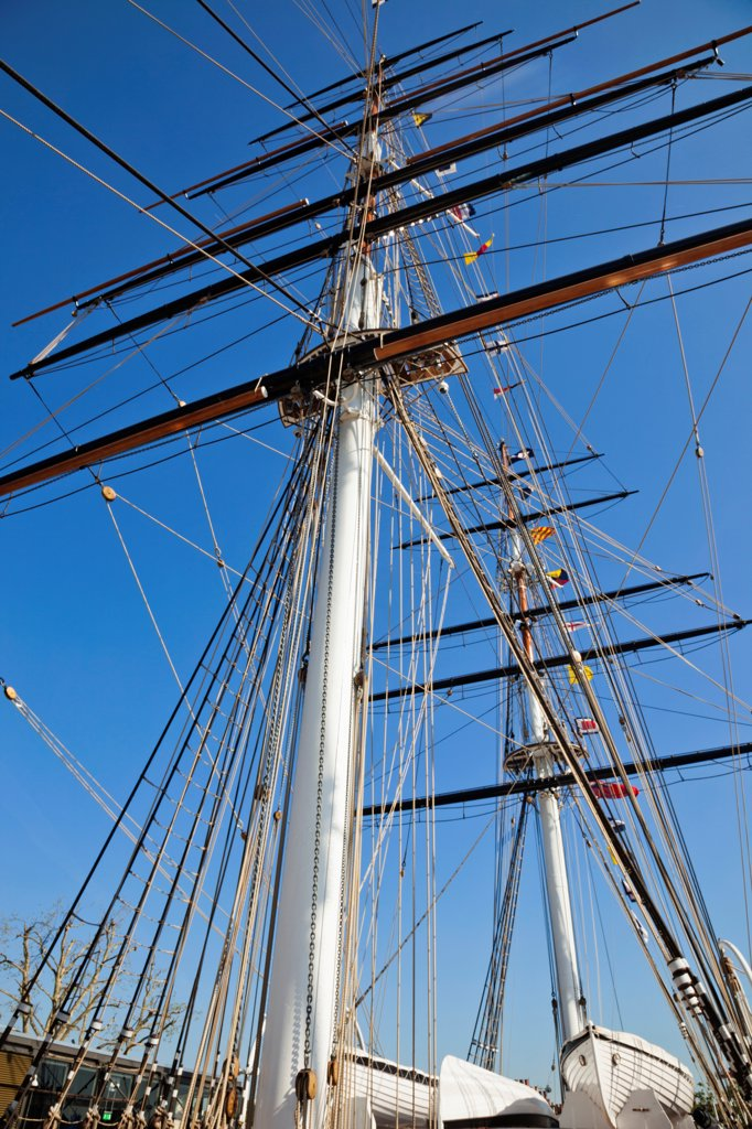 Stock Photo: 442-37856 UK, England, London, Greenwich, Cutty Sark, Ship's Masts